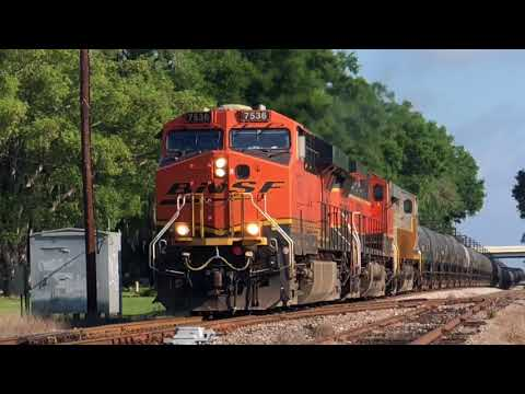 Railfanning 2018. CSX Trains and Foreign Power Trains. Canadian Pacific. Canadian National and more!