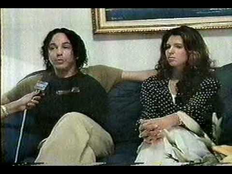 Alex gonzaga e liane no conex o gospel youtube for Alex muralha e esposa