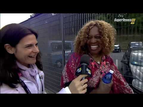 Serena Williams meeting fans in Rome 2013 (with QF match analysis and Oracene interview)