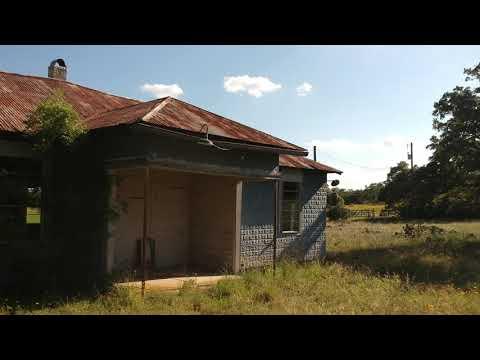 Sandy: Village Schoolhouse