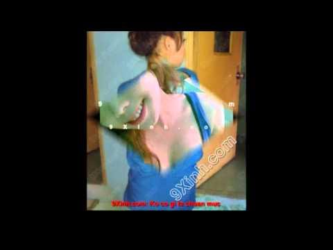 Nữ sinh khoe vú khủng vl(chi tiết tại 9xinh.com )