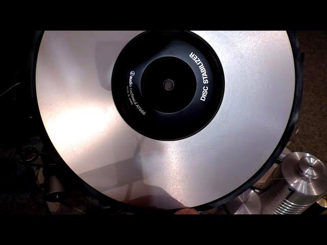"""Вакуумный диск - стабилизатор """"Audio Technica AT 666"""" и его влияние на звук."""