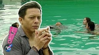 Berenang, Ariel Dikelilingi Cewek Seksi - Cumicam