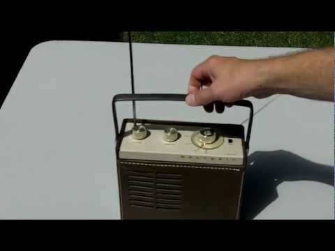 See A Heathkit GR-88 Police Band Monitor Radio From The Early 70's