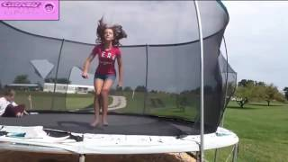 BEST GIRL FAILS OF 2017 , TRAMPOLINE FAILS COMPILATION , TRAMPOLINE FAILS OF 2017