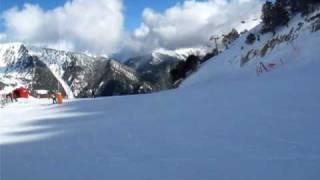 Andorra skiing 2010 Vallnord Comallempla Arinsal спуск на лыжах с горы(Спуск на лыжах по трассе с фотоаппратом Canon G10 в руках, в видео режиме 640x480 30к/с (сюжет для http://forum.1k.by/f25/363-barselona_..., 2010-01-07T05:06:23.000Z)