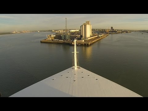 Zeitraffer: AIDAprima Einlaufen Southampton | Captains View | Timelapse Solent River | 03.10.2016