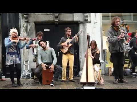 Game of Thrones Theme Played Live at Liverpool Street Station 25th April 2016