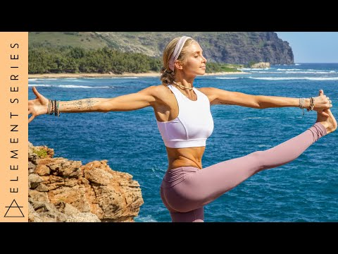 Yoga For Flexibility & Strength ♥ Quiet The Mind And The Soul Will Whisper