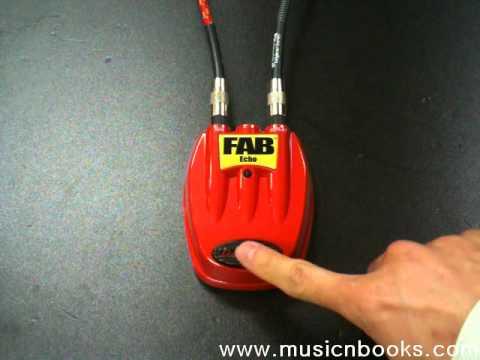 Danelectro D4 Fab Echo Guitar  Pedal D-4 Slapback Slap Delay//Reverb Orange