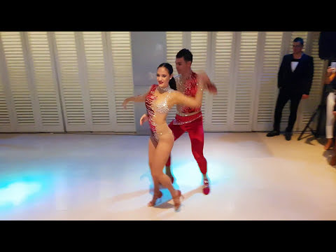 Melisa Sahra Katılmış ve Cem Demir - Salsa Show - Salsa Magazin