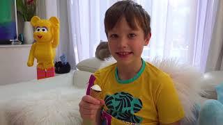 Макс и его Холодильник мороженого