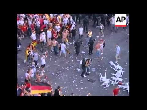 Clashes erupts as police separate England, Germany fans