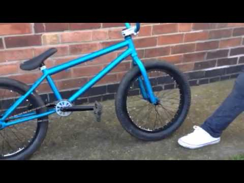 Premium Solo 2013 Review The First Look At Kyle S Bike Youtube