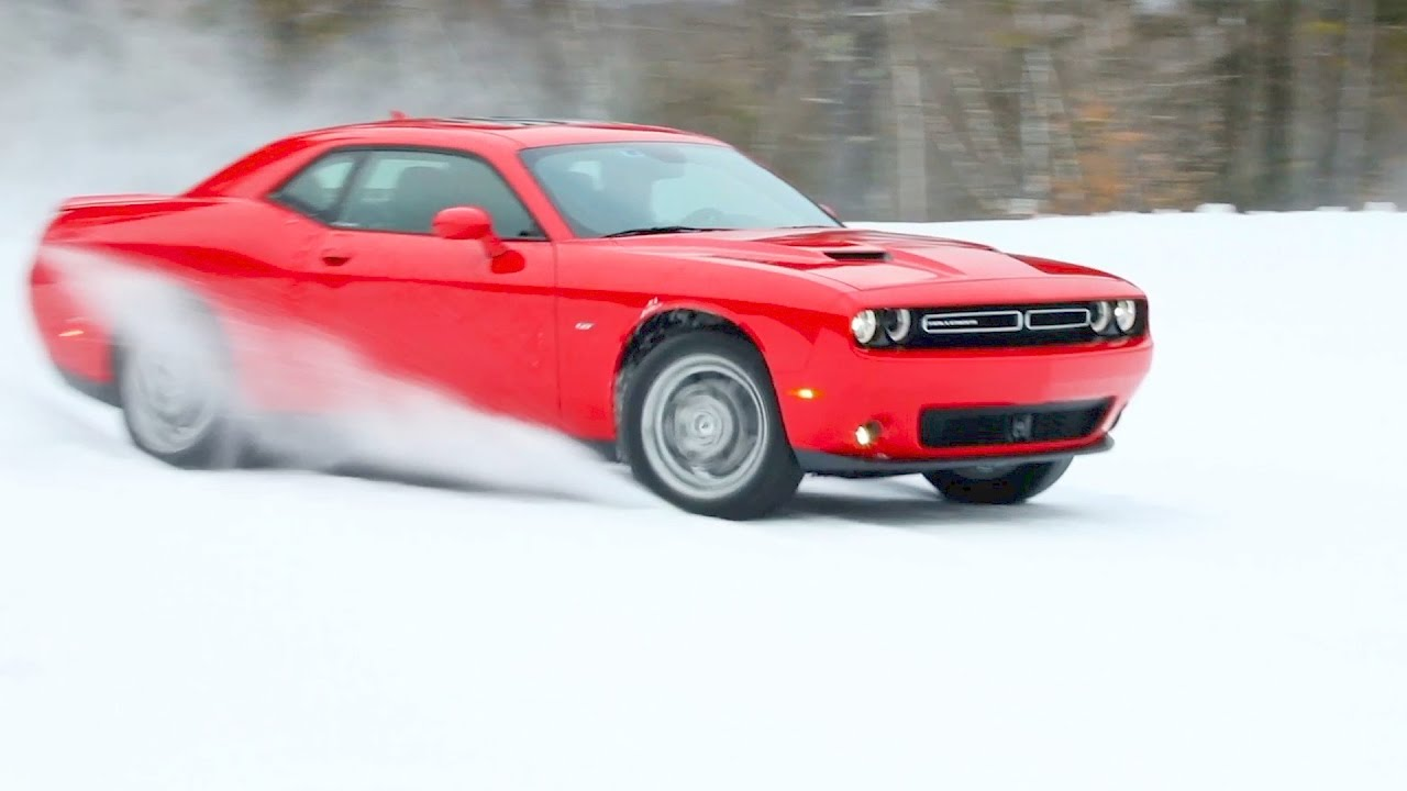 2017 dodge challenger gt awd test drive on snow youtube. Black Bedroom Furniture Sets. Home Design Ideas