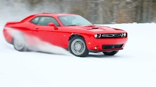 2017 Dodge Challenger GT (AWD) – Test Drive on Snow
