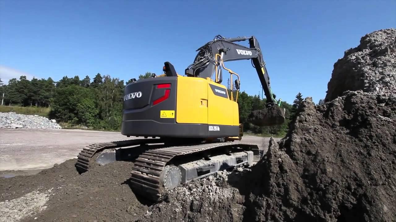 Volvo ECR235D - YouTube