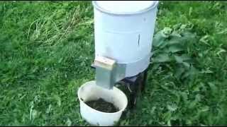 видео Измельчитель травы своими руками: как сделать самодельную траворезку