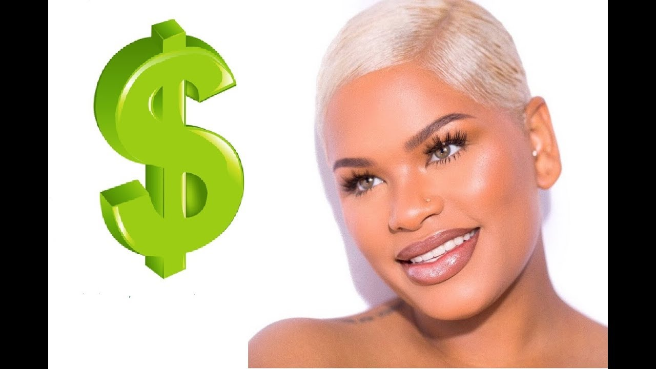 How much does Alissa Ashley make on Youtube