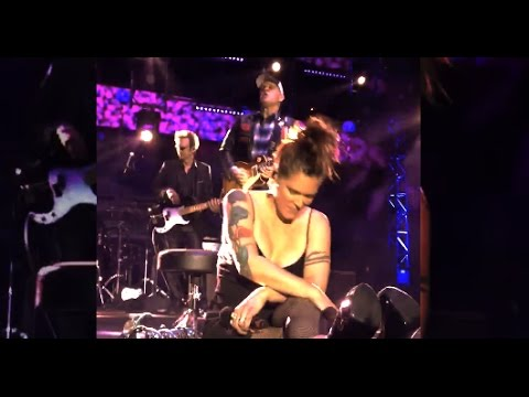 Beth Hart Awesome Reaction With Joe Bonamassa  2017 KTBA Cruise