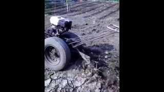 traktor rakitan sendiri dengan bahan besi tua dan barang bekas