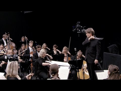 The Virtual Orchestra: Powerful Connections: Esa-Pekka Salonen on the Art of Conducting