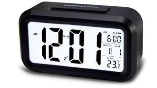 Настольные часы с LED экраном и датчиком освещения
