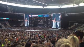Jessie J Price Tag Live at Capital Summertime Ball 2014