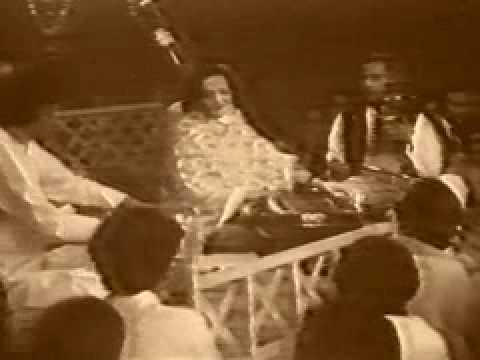 Begum Akhtar Very Old Ghazal