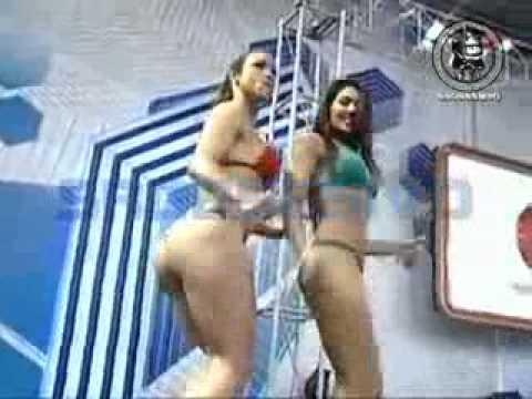Paloma y Vania en sexy bikini from YouTube · Duration:  47 seconds