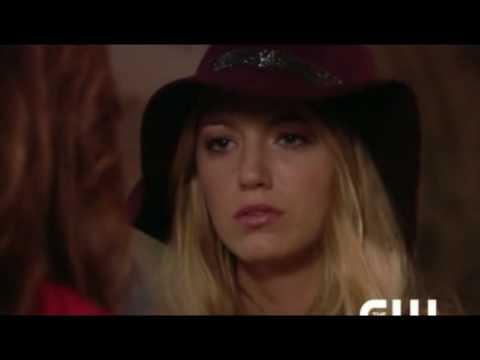 Leighton Meester Interview - About Blair Waldorf