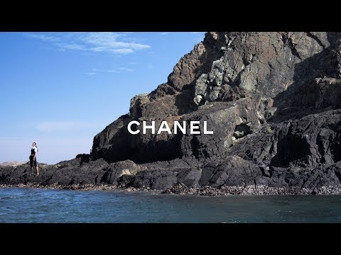 CHANEL Fashion Film 2019 | SS19 Collection | Directed by VIVIENNE+TAMAS