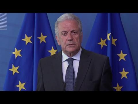 Avramopoulos dhe Thaçi në konferencë për vizat (Drejtpërdrejt)