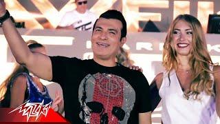 """بالفيديو- """"موديل"""" كليب إيهاب توفيق تشارك في تحدي Kiki على أغنية """"أحلى ليلة""""محمد عاشور"""