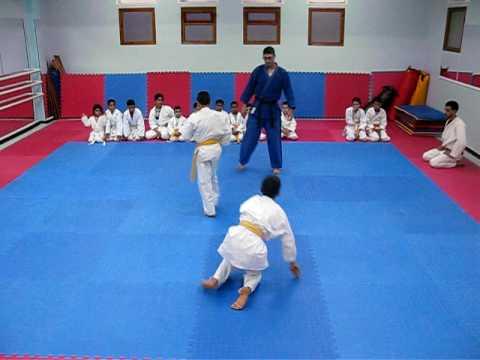 f39a40b93641 Examen grade ceinture orange judo 1.AVI - YouTube