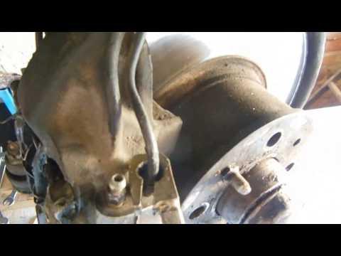 Замена передних тормозных шлангов ВАЗ 2107, что не нужно делать