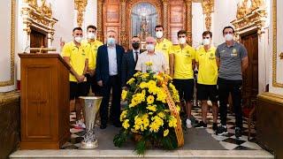 El Villarreal ofrece la Europa League a sus patronos
