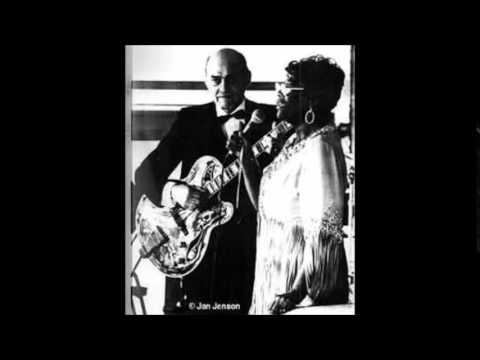 Ella Fitzgerald & Joe Pass - The Thrill Is Gone