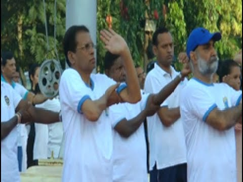 President encourages promoting yoga institutions