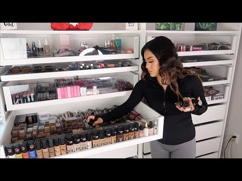CLEANING & ORGANIZING MY MAKEUP ROOM!