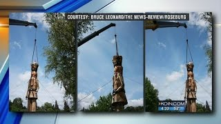 Owl Halts Removal Of Giant Roseburg Nutcracker