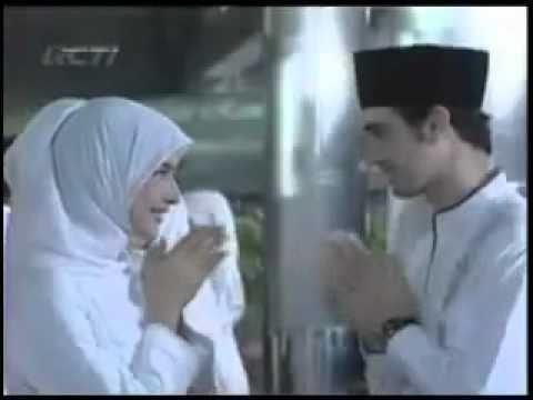 Nabila Syakieb tambah Cantik Kalau Pake' Jilbab.mp4 (www.qhanz.web.id)