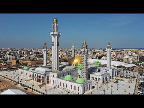 شاهد: مسجد الطريقة المريدية الصوفية الأكبر في غرب أفريقيا…  - 13:53-2019 / 10 / 5