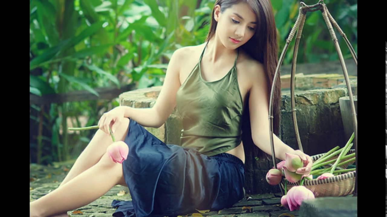 Sexy vietnamesisches Mädchen, Freier nackter schwarzer Promi