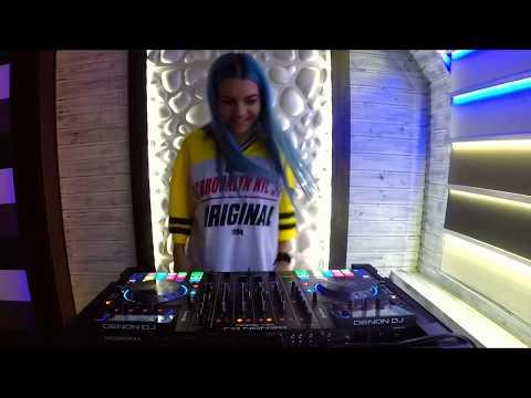 AYA Mashuping - Live Mix