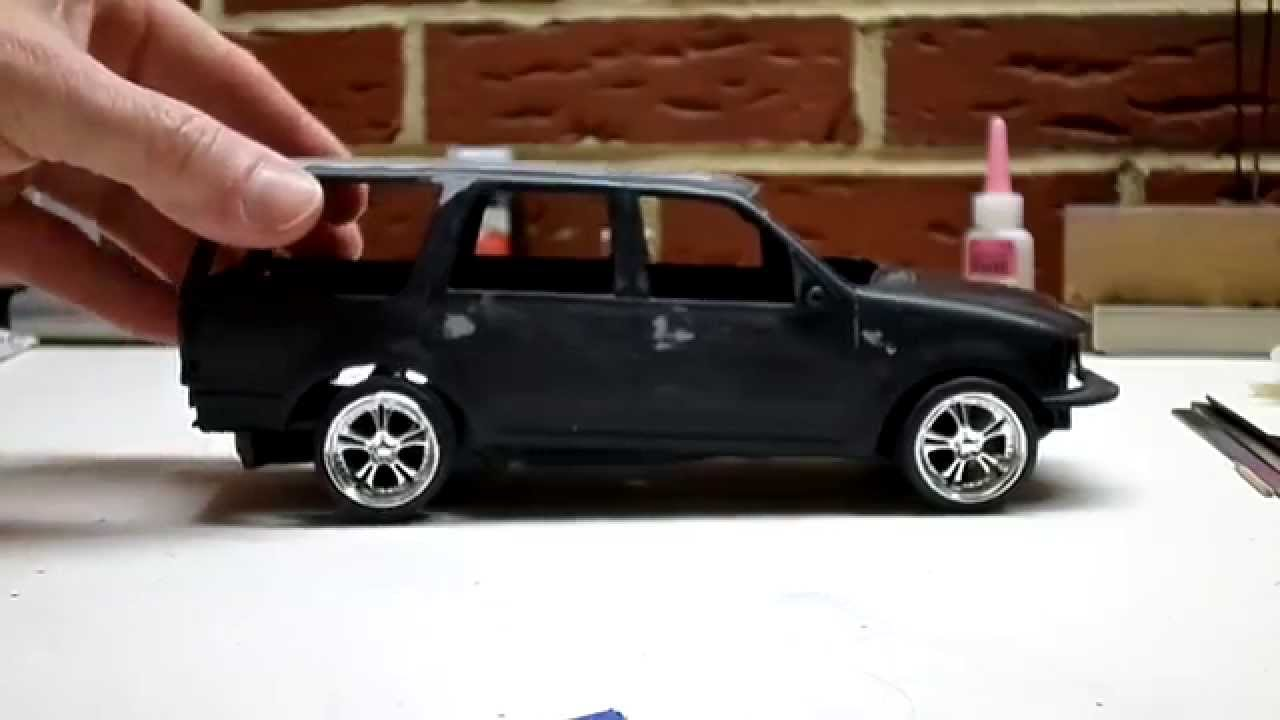 Update Revell Snap-Tite Ford Expedition Police SSV & Update: Revell Snap-Tite Ford Expedition Police SSV - YouTube markmcfarlin.com