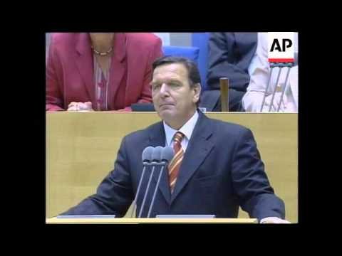 GERMANY: HELMUT KOHL/GERHARD SCHROEDER HEAD TO HEAD DEBATE