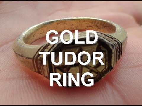 Tudor Gold walking back to the car. Metal detecting.