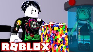 DERANK. EXE APPEARS!! HUYE AND ESCAPE THE BEAST in ROBLOX (Flee the facility) 😱