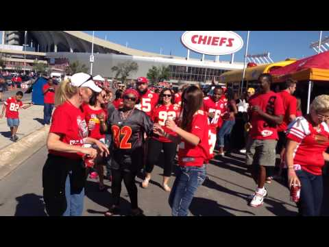 Tailgating @ Arrowhead Stadium on 9-7-14 Chiefs vs Titans!